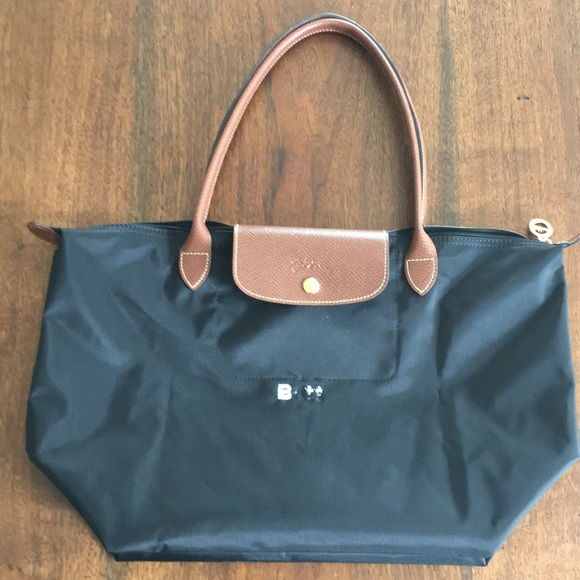 "4549ec03abf6 Longchamp Handbags - Black Longchamp Le Pliage Bag 18"" Long"